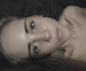 blonde, greeneyes, and collarbones image