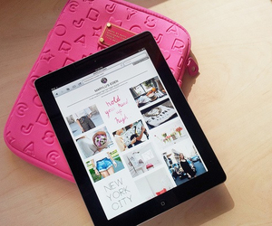 pink, ipad, and marc jacobs image