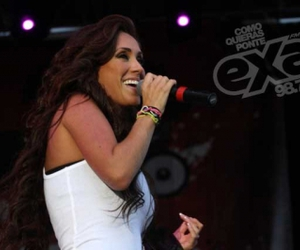 Anahi, mexico, and concert image