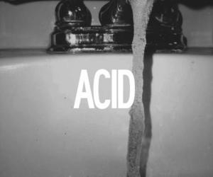 acid, black and white, and grunge image