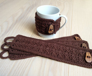 crochet and cup cozy image