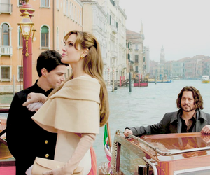 Angelina Jolie, johnny depp, and the tourist image