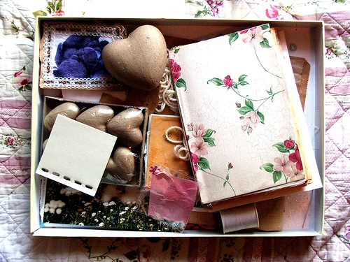 floral and patchwork quilt image