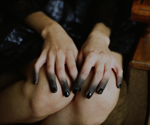 beautiful, photography, and black fingers image