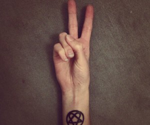 bam margera, tattoo, and heartagram image
