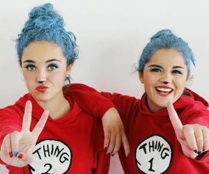 beauty, best friends, and blue hair image