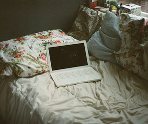 bed, retro, and computer image