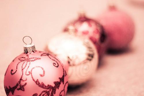 Christmast-decoration-ornament-pastel-pink-favim.com-352599_large