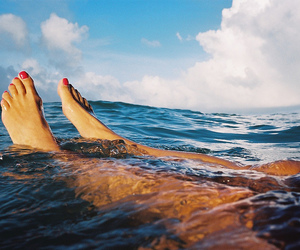 feet and ocean image