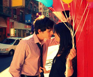 couple and balloons image