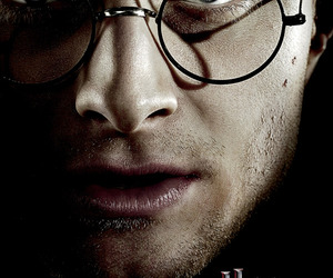harry potter, deathly hallows, and hp7 image