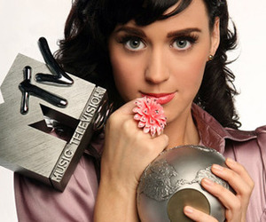 katy perry and mtv image