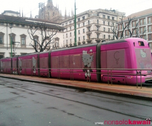 city, hello kitty, and pink image