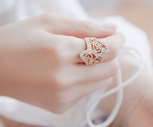 fashion, ring, and quotes image