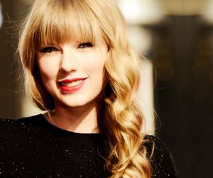 Taylor Swift, blonde, and smile image