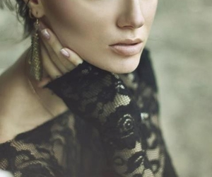 beauty, lace, and eyes image