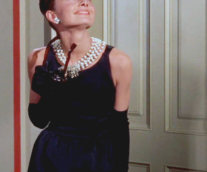 audrey hepburn, Breakfast at Tiffanys, and holly golightly image