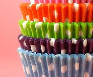 dots and cupcake image