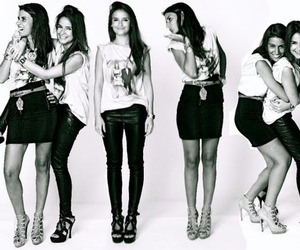 meninas, miroslava duma, and friends image