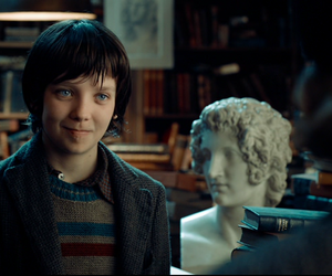 asa butterfield and hugo cabret image