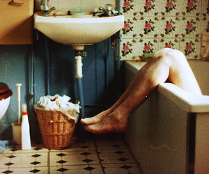 vintage, bathroom, and legs image