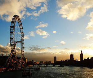london, city, and london eye image