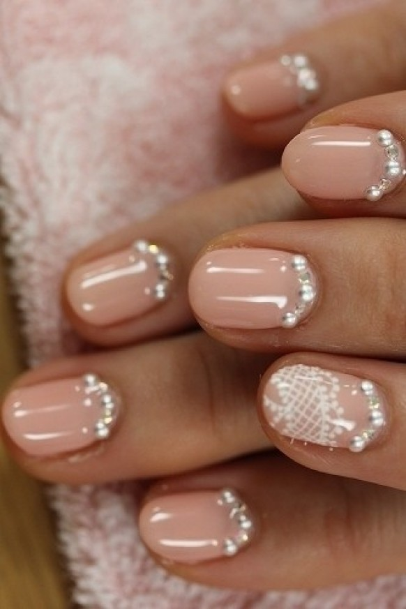 Creative And Unique Wedding Nail Design One Different Color Trend 1122244