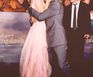 ashley greene and Taylor Lautner image