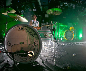 drums and drop dead image