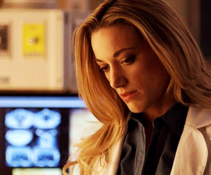 lost girl, zoie palmer, and lauren lewis image