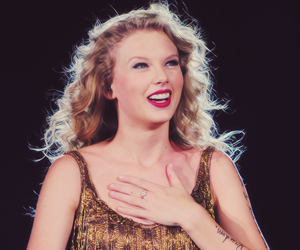 Taylor Swift, speak now world tour, and red image
