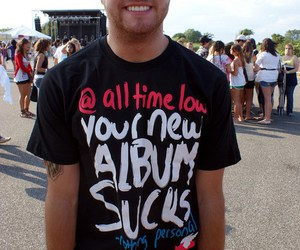rian dawson and all time low image