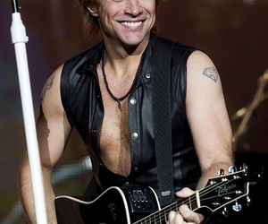 guitar and jon bon jovi image