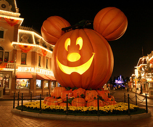disney, Halloween, and pumpkins image