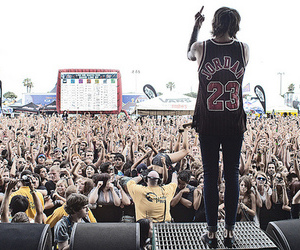 oli sykes, bring me the horizon, and bmth image