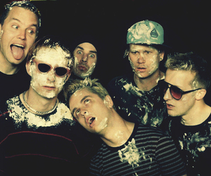 amazing, blink-182, and lick image