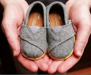 baby, toms, and shoes image