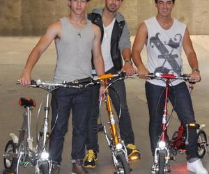 jonas brothers, Joe Jonas, and jonas image