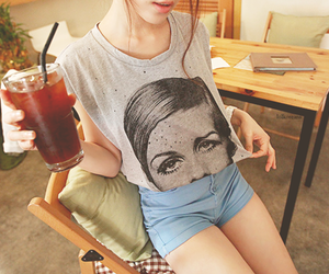 fashion, twiggy, and drink image