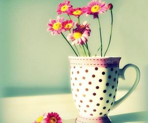 flowers and mug image