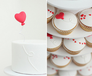 cupcakes and hearts image