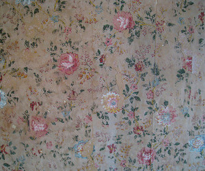 wallpaper and floral image