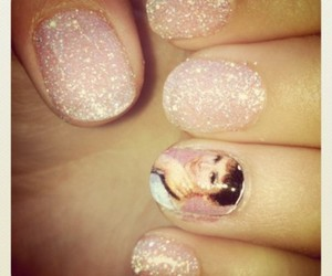 audrey hepburn, pink, and glittler nails image