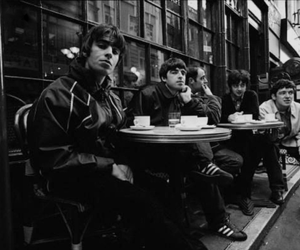 oasis, 90s, and liam gallagher image