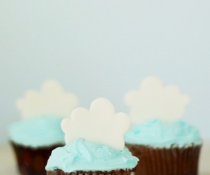 cupcake and food image