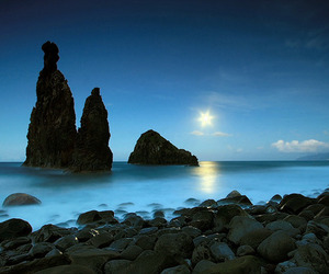 paradise and stones image
