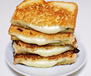 grilled cheese, sandwich, and food image