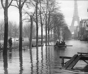 paris and 1910 image