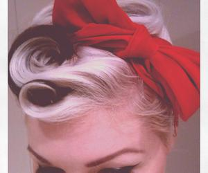 bow, eyeliner, and Pin Up image