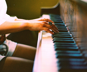 Dream, hope, and piano image